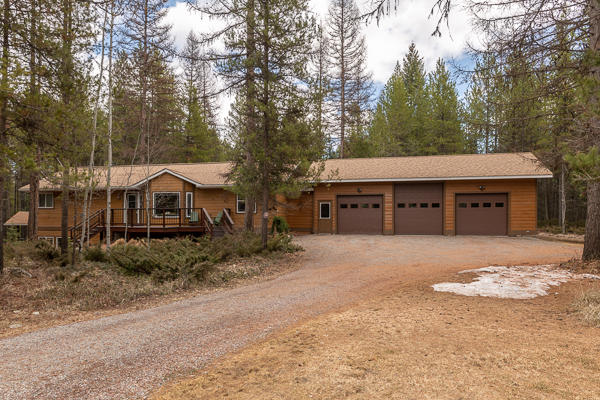 3Bed 3Bath, 4.5 Acres